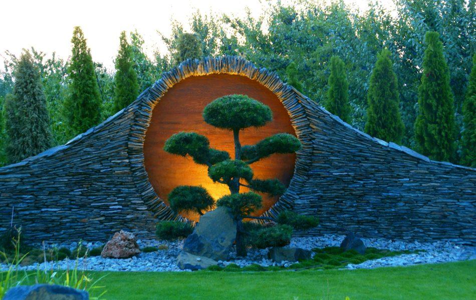 Drzewko Bonsai w ogrodzie - cena, cięcie i pielęgnacja